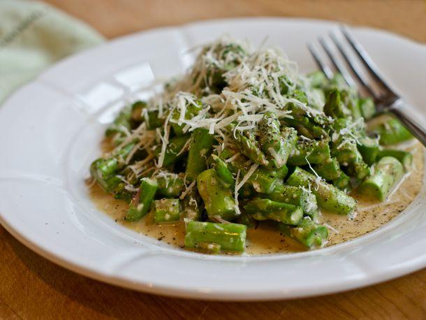 20140302asparagus-caesar-salad.jpg