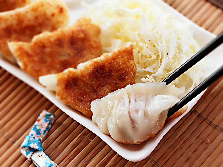 20150127-dumpling-recipes-roundup-03.jpg