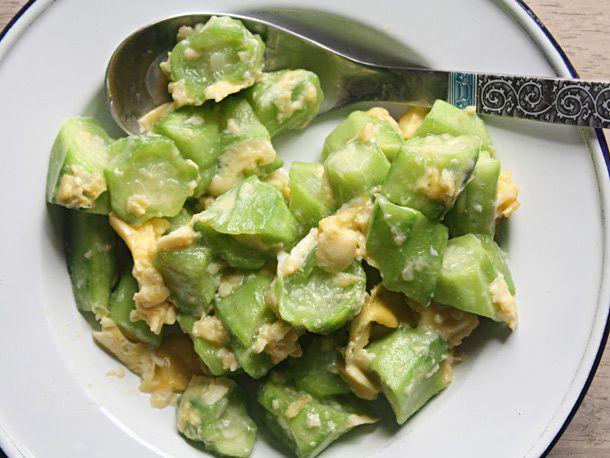20121217-stir-fried-luffa-gourds-with-eggs-recipe.jpg