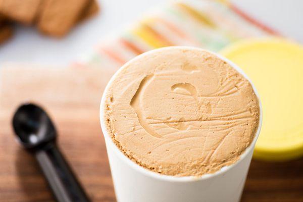20170413-biscoff-ice-cream-vicky-wasik-18.jpg