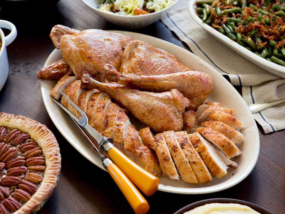 20150923-Thanksgiving-spread-vicky-wasik-002.jpg