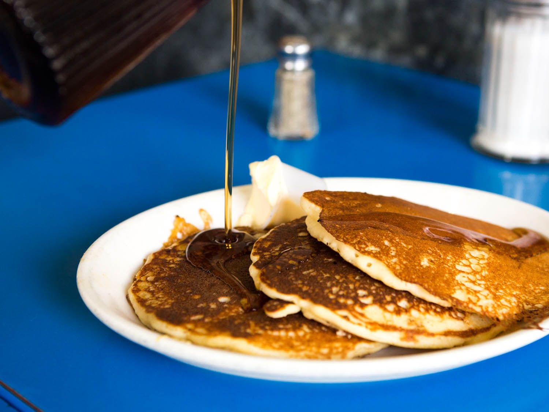 20150106-diners-pancake-landmark-diner-vicky-wasik-7.jpg
