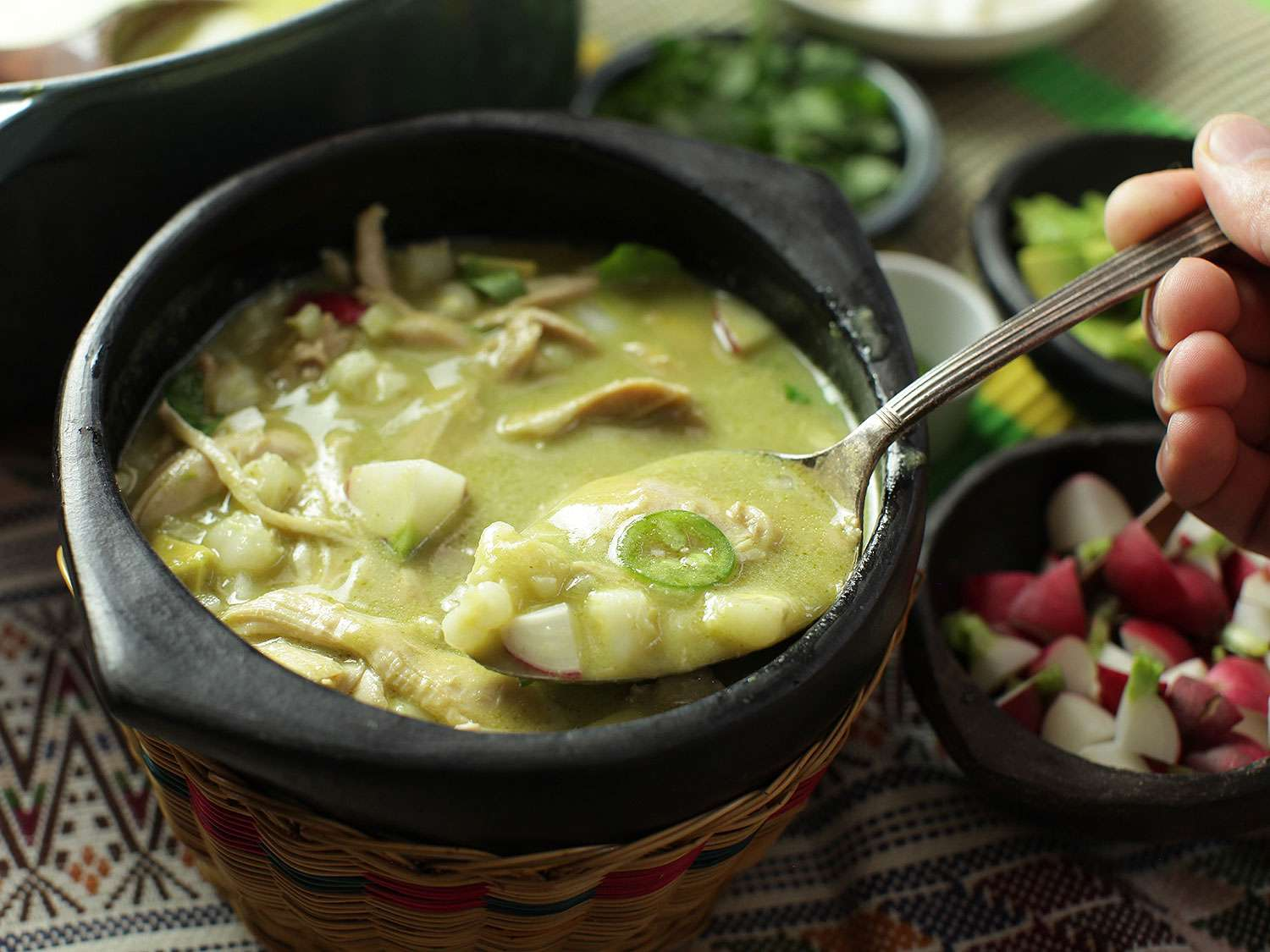 20170123-pozole-verde-chicken-mexican-soup-hominy-green-17.jpg