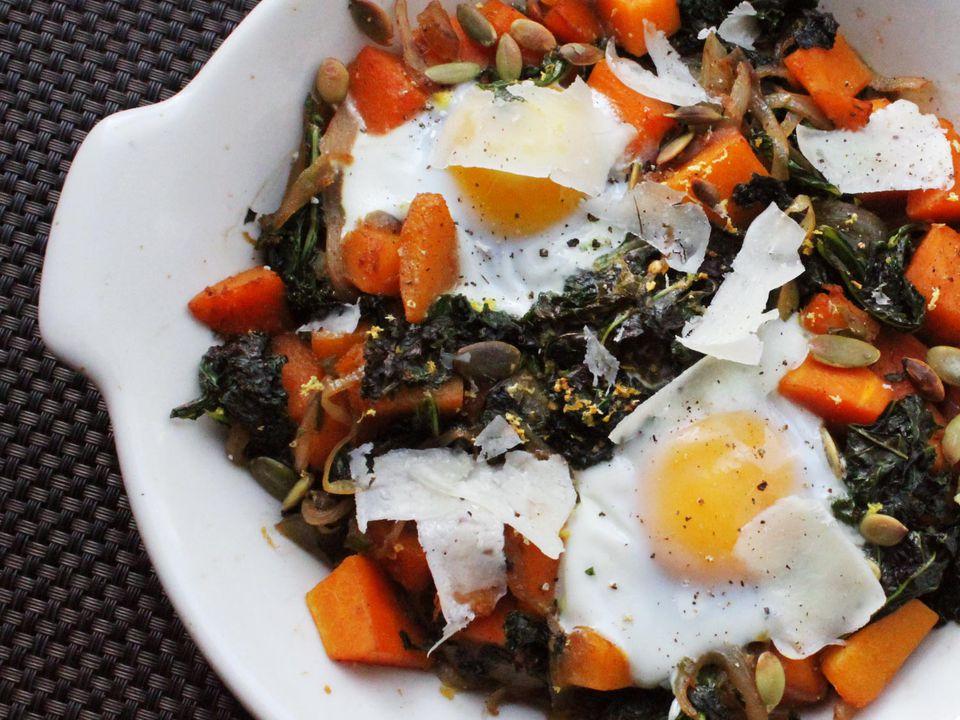 20140218-one-pot-wonders-kale-butternut-squash-eggs2.jpg