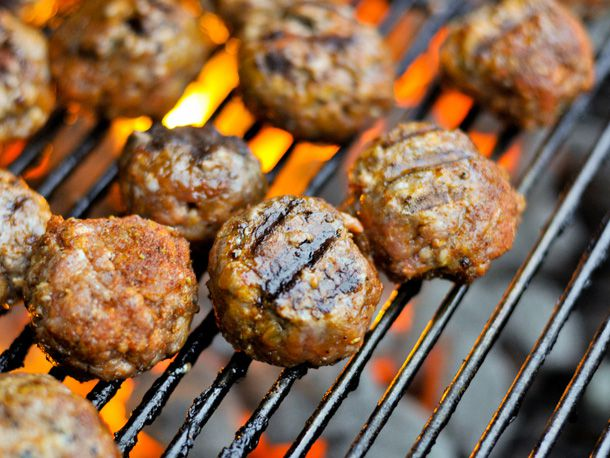 20120123-189526-barbecue-meatballs.jpg