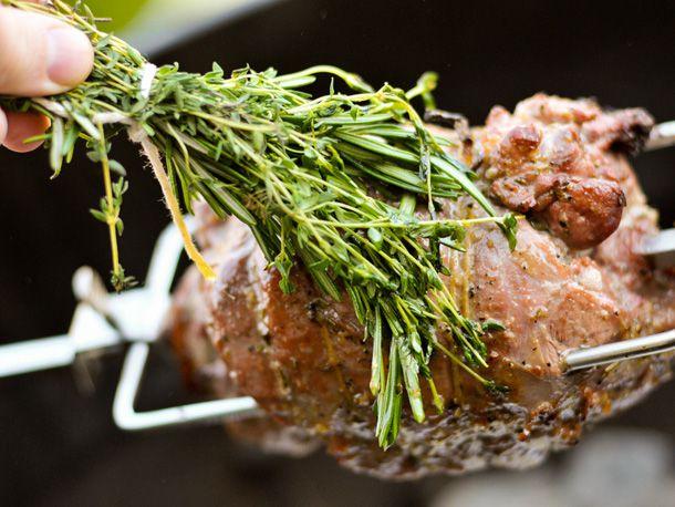 20110615-156840-leg-of-lamb.jpg