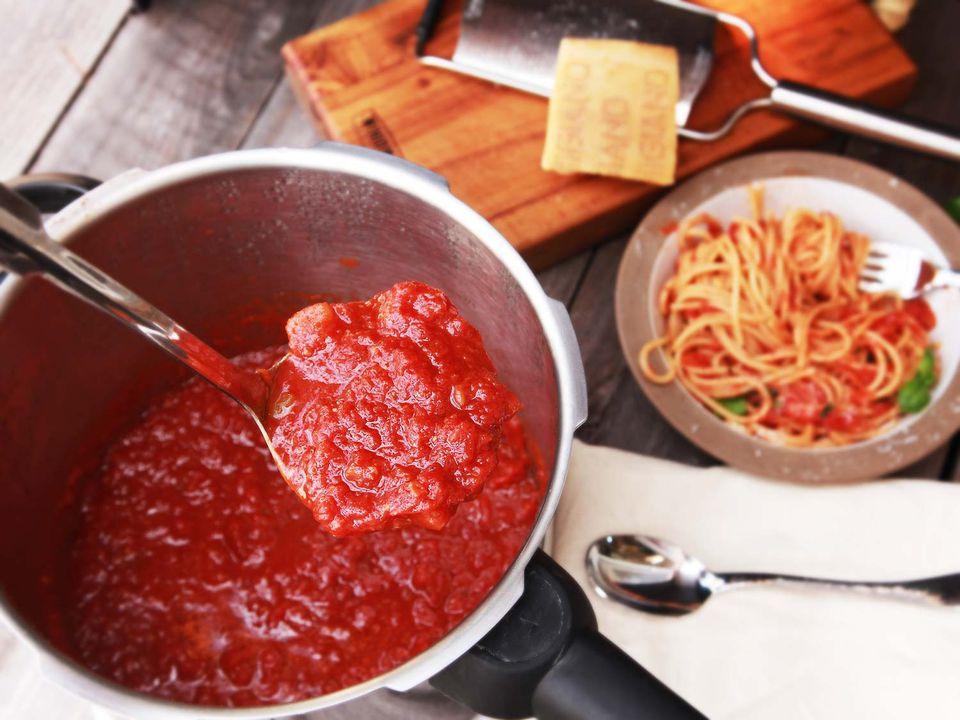 20161016-pressure-cooker-red-sauce3.jpg