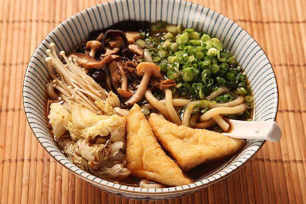 20130207-vegan-udon-mushroom-3.jpg