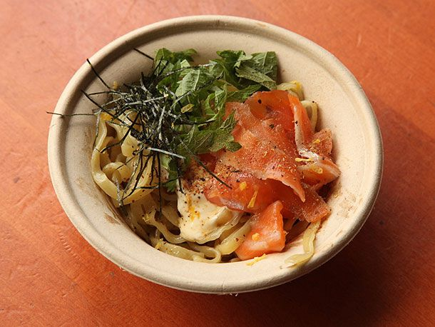 20130315-yuji-ramen-smorgasberg-whole-foods-24.jpg