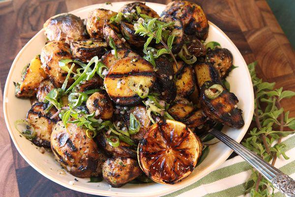 20160526-potato-salad-recipes-roundup-09.jpg