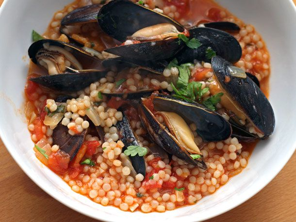 201200403-dt-mussels-with-tomatoes-and-israeli-cous-cous.jpg