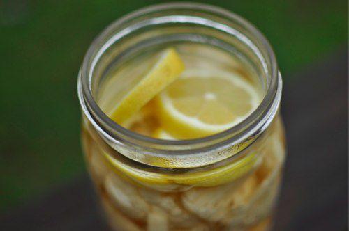 20111219-184442-lemons-on-top.jpg