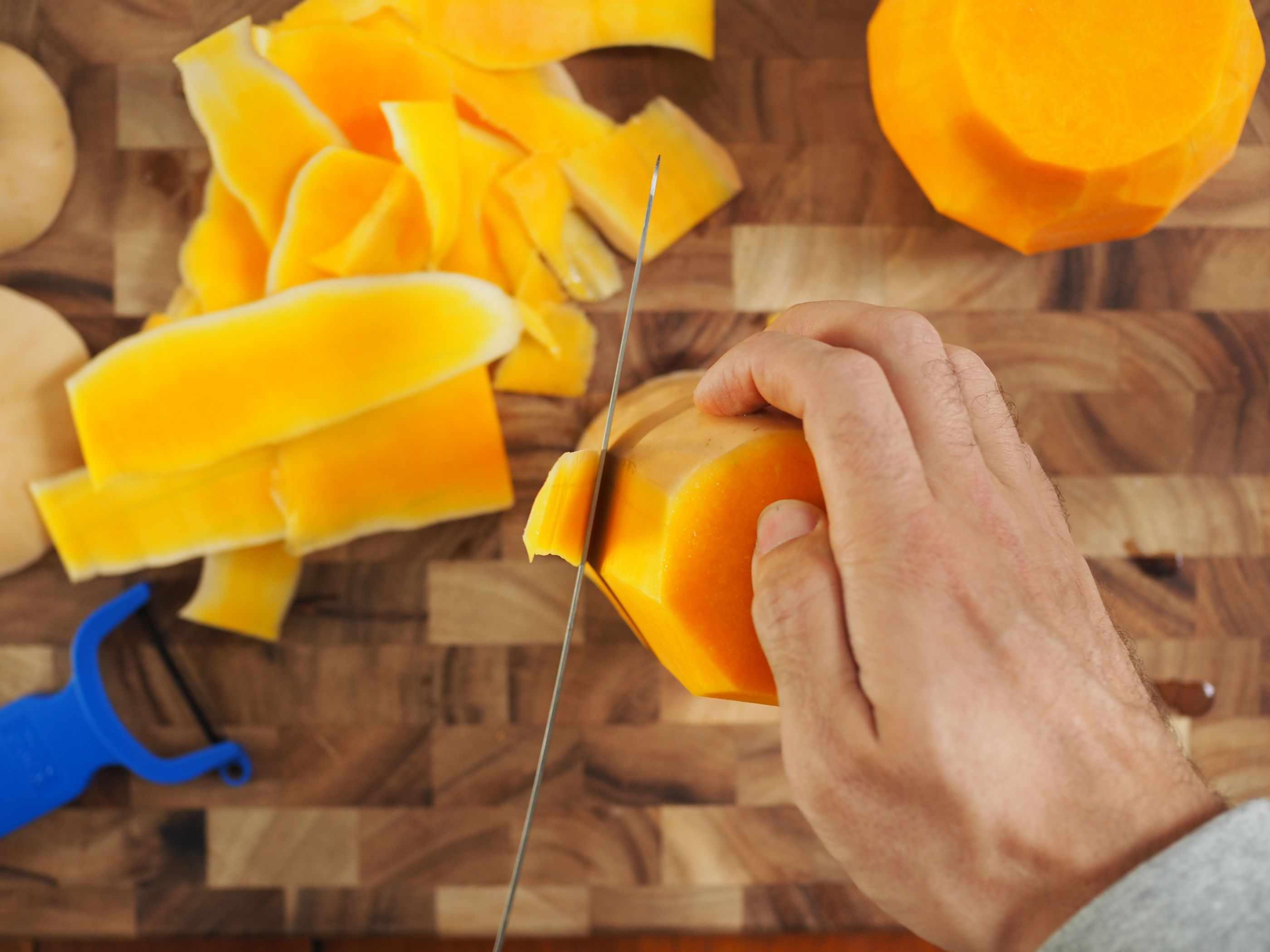 20141008-knife-skills-butternut-squash-daniel-gritzer11.jpg