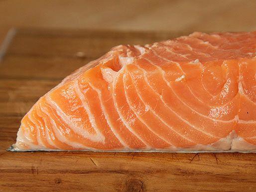 20120617-salmon-how-to-pan-roast-01.jpg