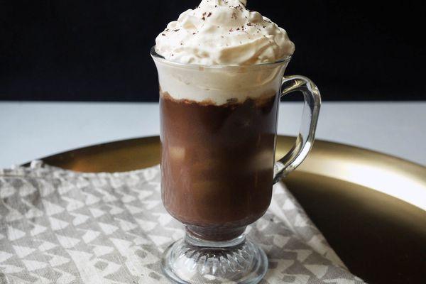 20151221-AmaroHotChocolate-cocktail-ElanaLepkowski.jpg