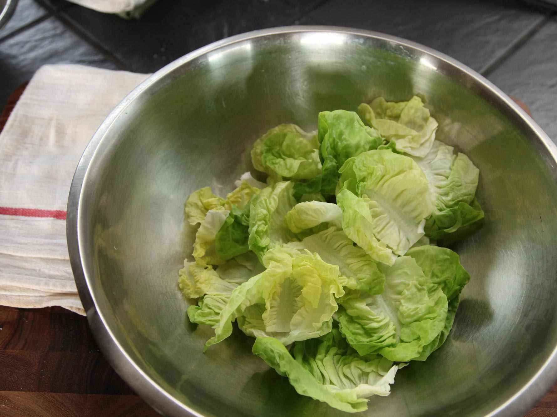 20140930-how-to-dress-a-salad-vinaigrette-11.jpg