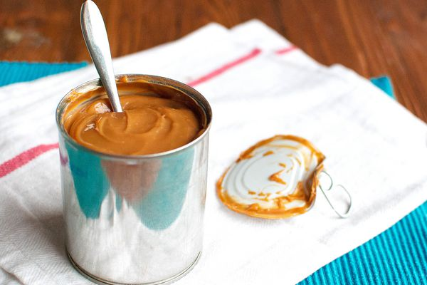 20150121-salted-dulce-de-leche-brownies-nila-jones-5.jpg