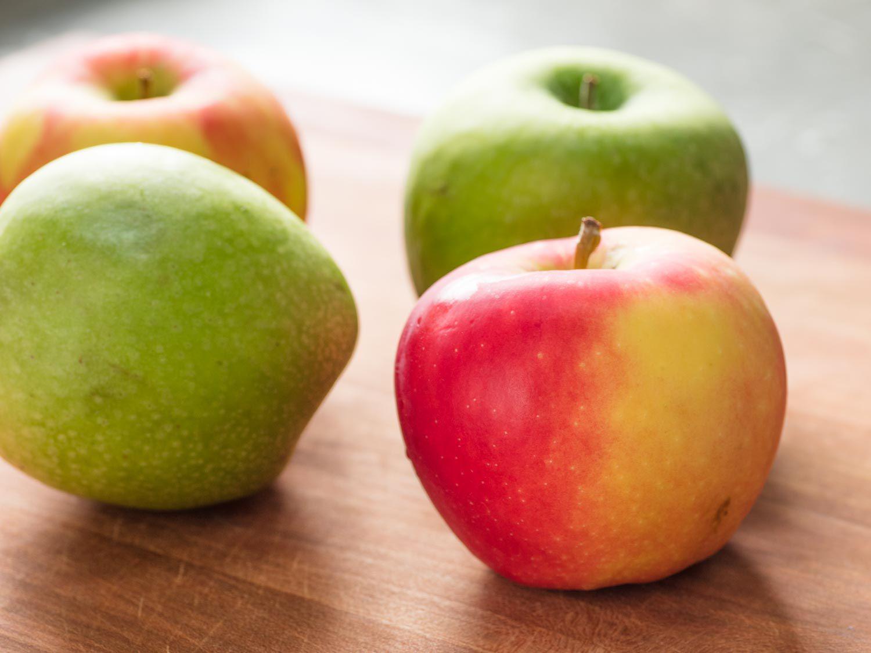 20170730-apple-compote-vicky-wasik-1.jpg