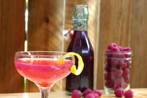 DIY Raspberry Liqueur