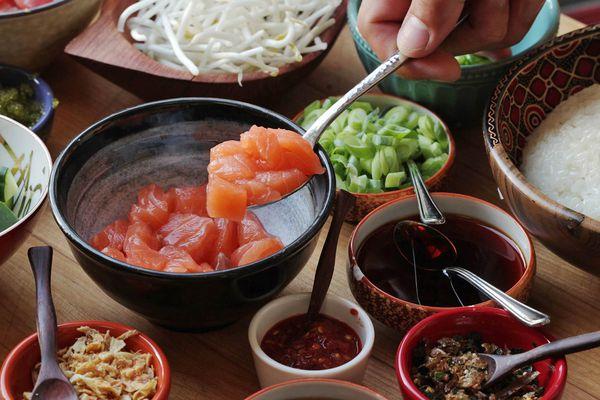 20160608-poke-tuna-hamachi-octopus-salmon-hawaii-recipe--party-4.jpg