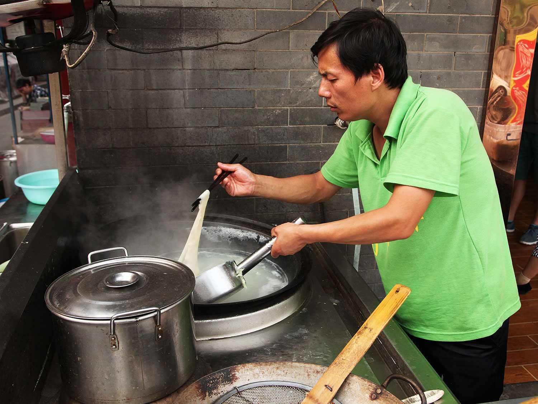 20140623-xian-food-muslim-quarter-11.jpg