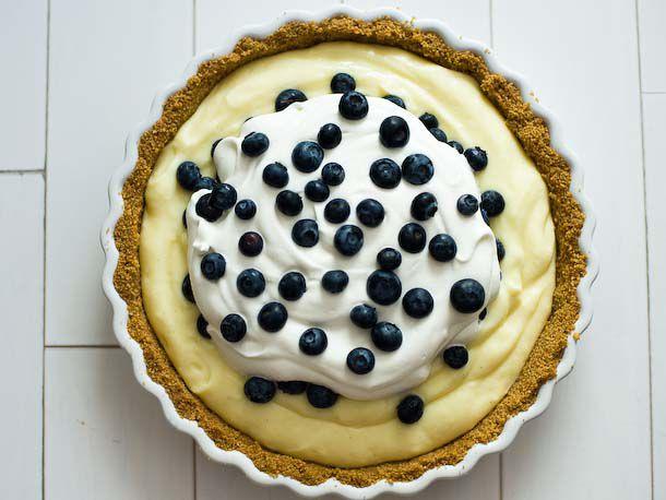 20120529-195206-blueberry-cream-pie-610x458-1.jpg