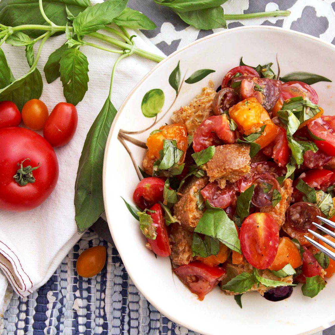 Classic Panzanella Salad Tuscan Style Tomato and Bread Salad Recipe