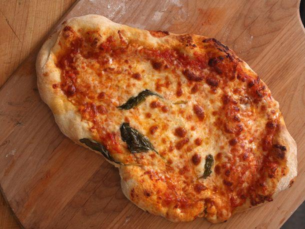 20110114-ugly-pie-pizza-1.jpg