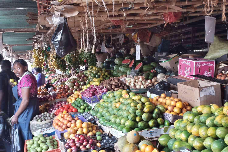 20131108-slice-of-kenya-market.jpg