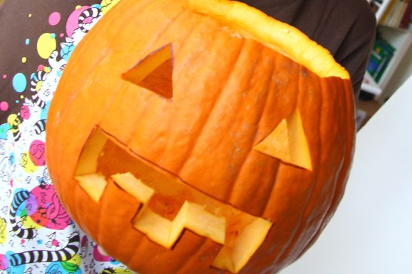 201010d21-knife-skills-pumpkin.jpg