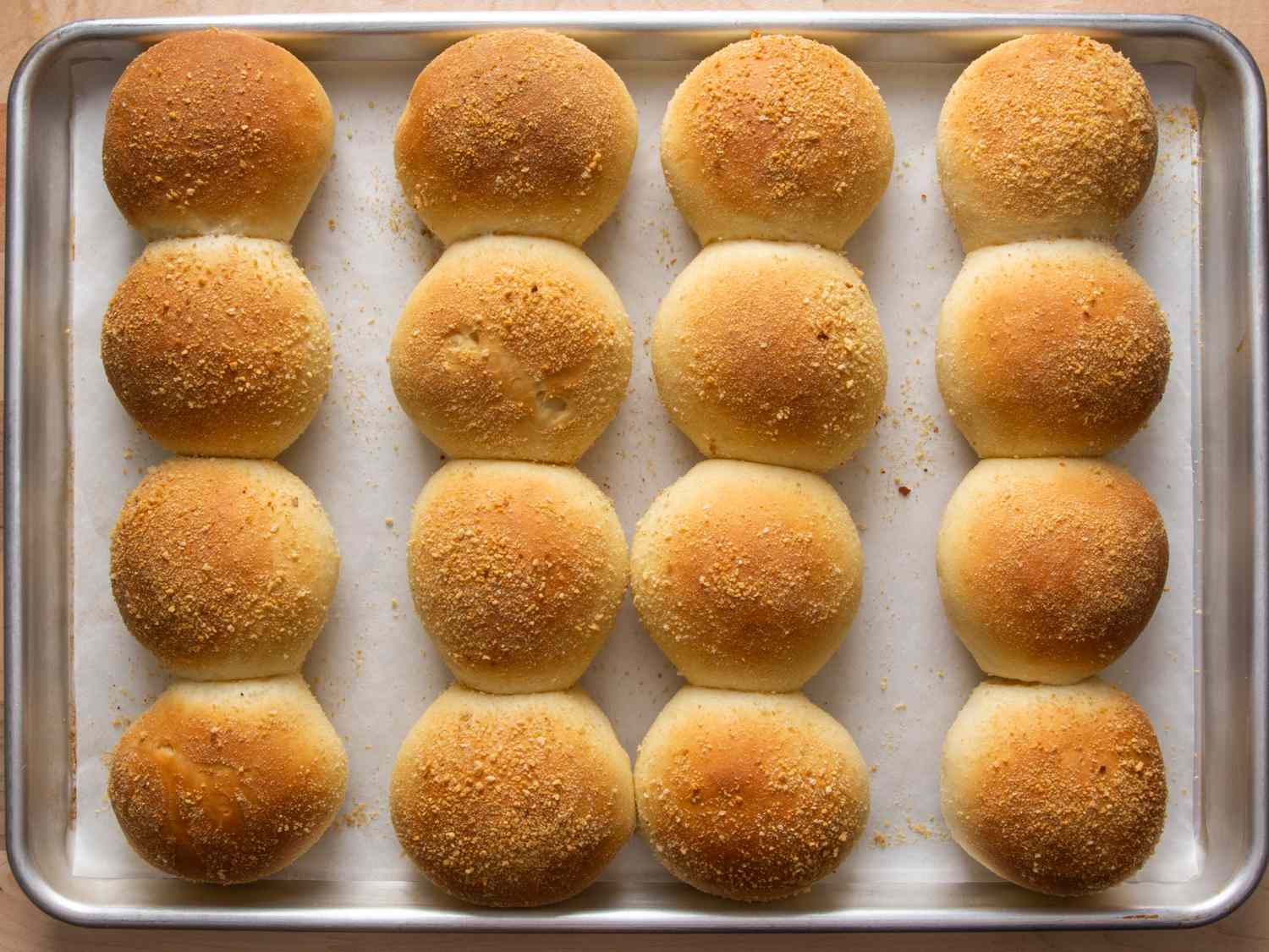 a tray of baked pandesal