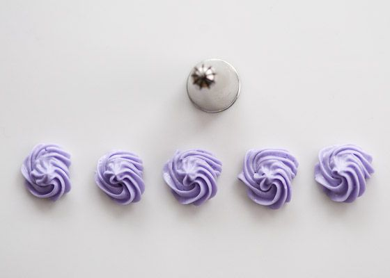 Piping rosettes