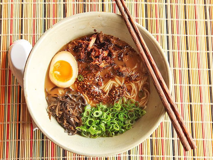 Ricetta Ramen Miso.Miso Ramen With Crispy Pork And Burnt Garlic Sesame Oil Recipe