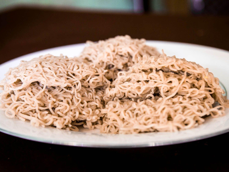 20140802-sri-lankan-food-string-hoppers-naomi-tomky.jpg