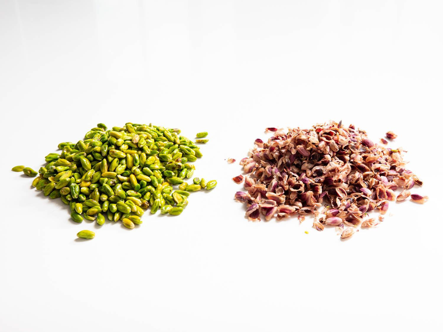 blanched Sicilian pistachios and their skins