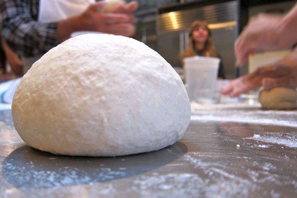 20101025-pizza-dough.jpg