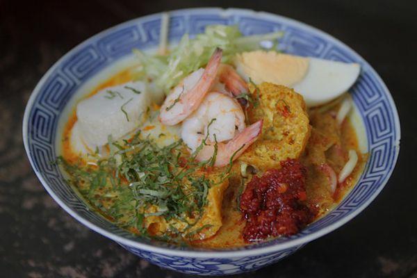 Curry Laksa (Malacca Nyonya Laksa)