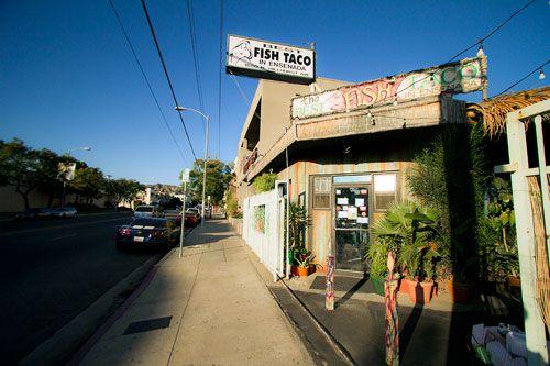 20111219-fish-tacos-best-ensenada-exterior2.jpg