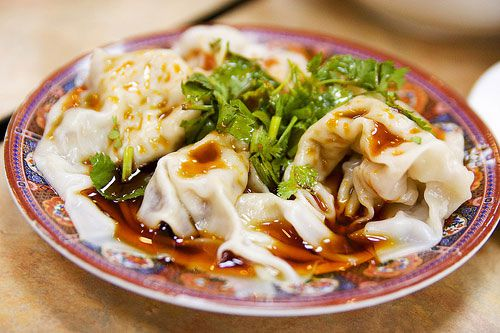 20120322-dumpling-types-wontons.jpg