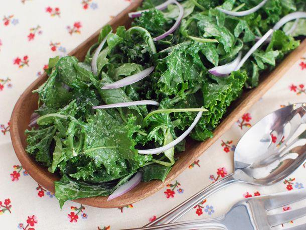 20131108-bitter-greens-salad-with-sesame-dressing-01.jpg