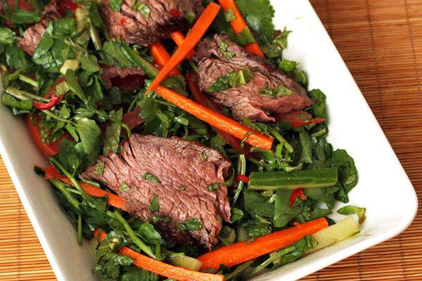 20120418-dt-nigel-slaters-vietnamese-steak-salad.jpg