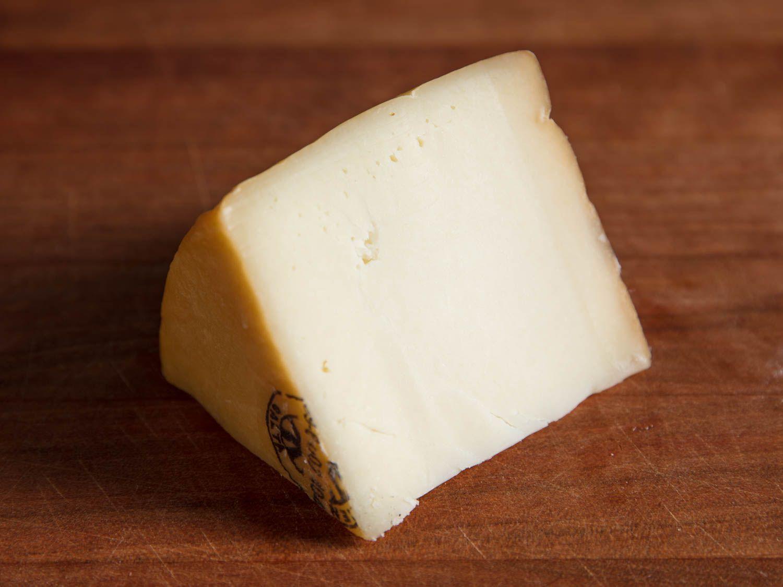 20170810-manchego-idiazabal-cheese-vicky-wasik-4.jpg