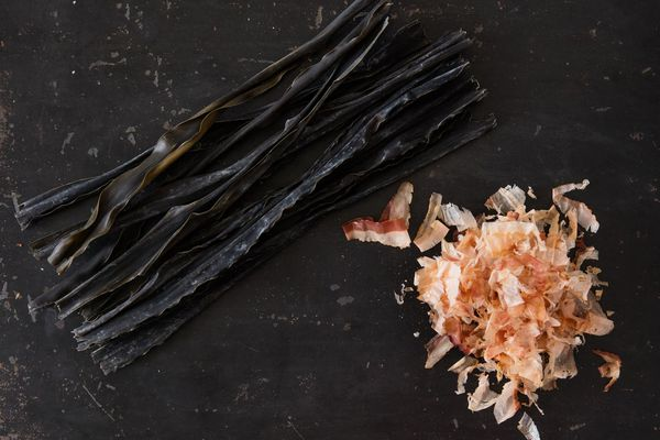 Kombu and bonito for making dashi.