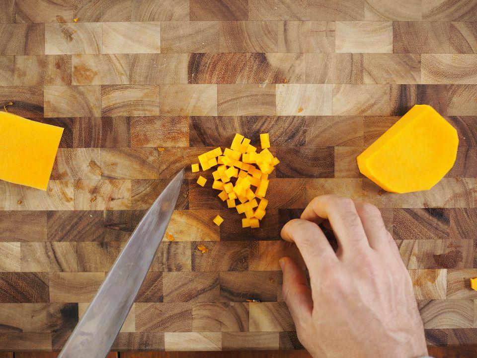 20141008-knife-skills-butternut-squash-daniel-gritzer34.jpg