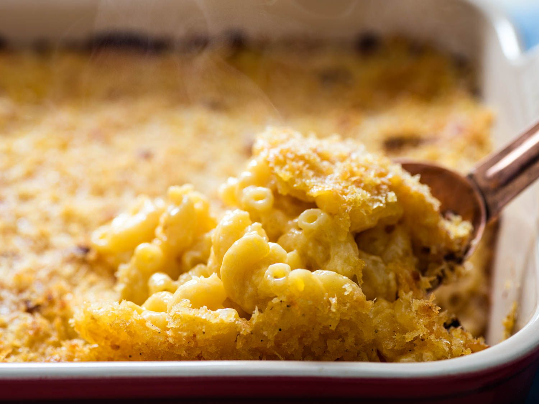 20161028-baked-macaroni-cheese-bechamel-vicky-wasik-25.jpg