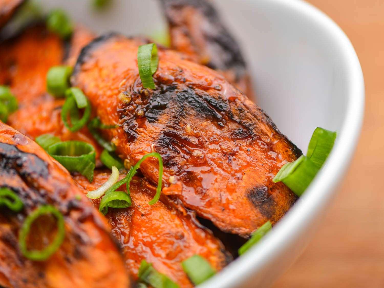 20141003-roasted-carrots-with-sweet-soy-glaze-step-5-joshua-bousel