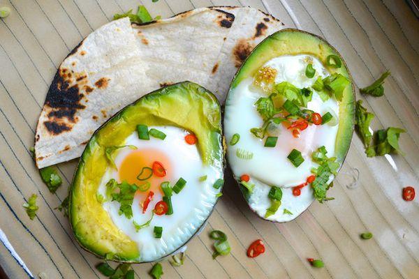 20130313-247951-sunday-brunch-eggs-baked-avocado.JPG