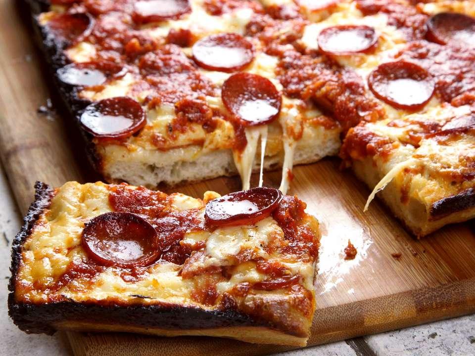 20170216-detroit-style-pizza-47-1500x1125