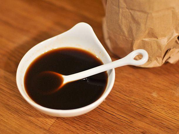 20111127-181198-worcestershire-sauce.jpg