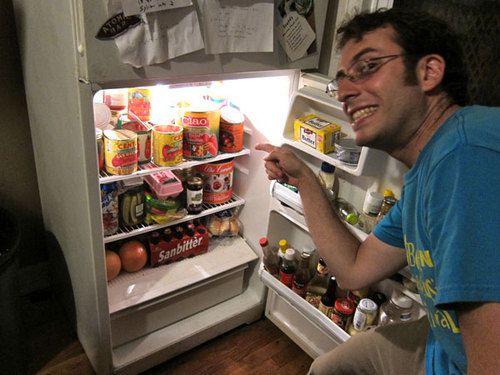 20100914-tomato-tasting-scott-fridge.jpg